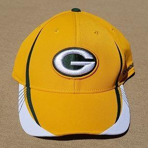 NWT Green Bay Packers Reebok Onfield cap L/XL